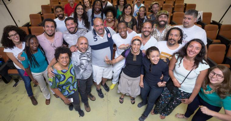 Reflexões sobre história, luta e desafios marcam primeiro dia do simpósio Capoeira: Salvaguarda e Sustentabilidade