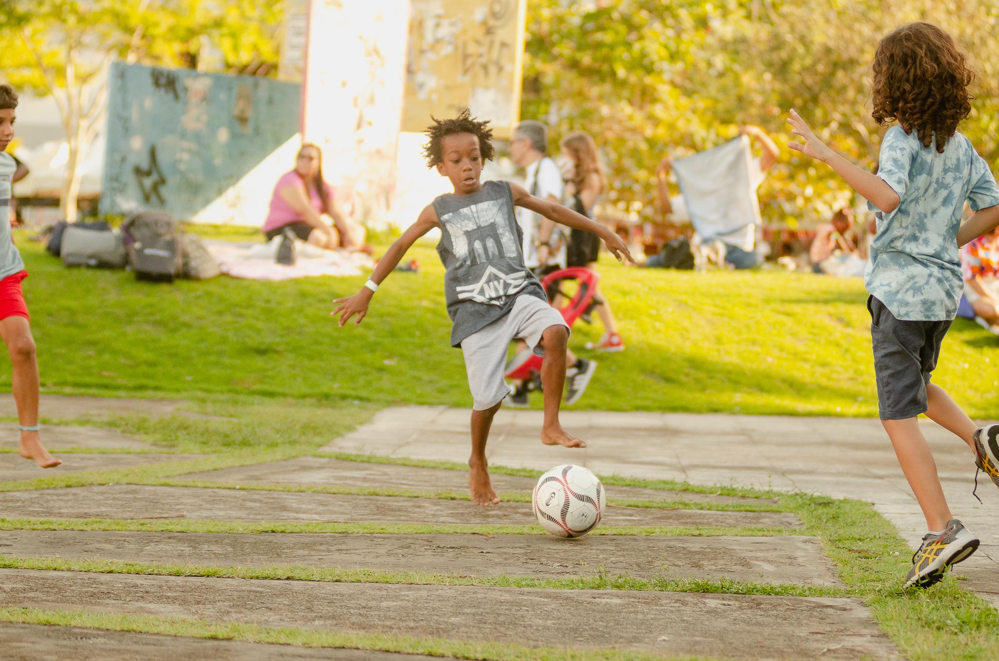 """Projeto Crianças na UFBA, um encontro de """"pequenos"""" saberes."""